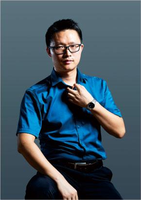 亚搏官网平台登录广告设计创始人兼品牌总监熊良